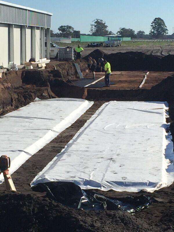 Commercial leach drains